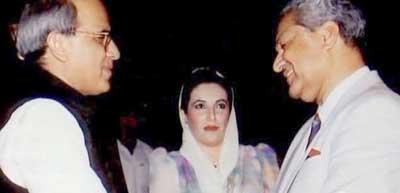 a828_khan_bhutto_2050081722-20187 (1)